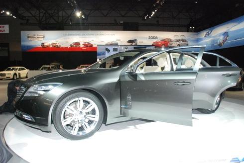 Chrysler 200C ENVI Concept