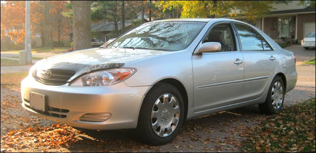 Click image for larger version  Name:2002-camry.jpg Views:2165 Size:45.3 KB ID:11748
