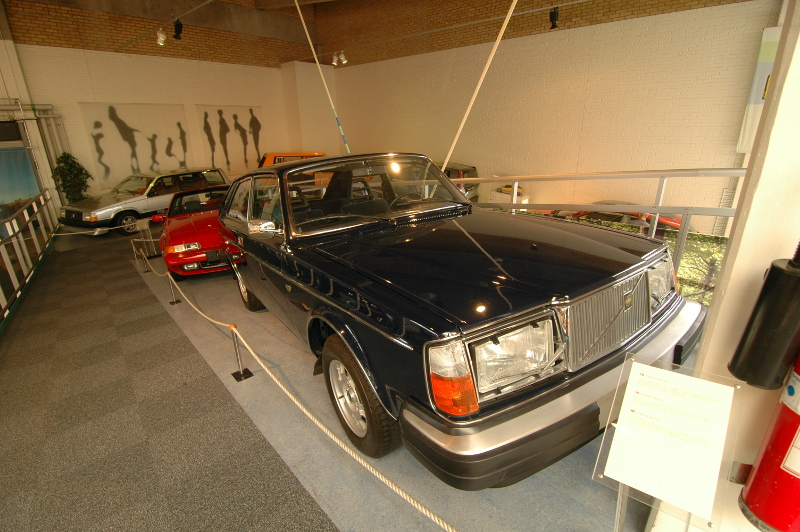 Click image for larger version  Name:volvo_1.JPG Views:55 Size:251.7 KB ID:23245