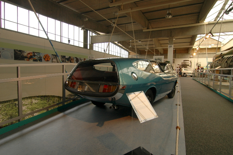 Click image for larger version  Name:volvo_4.JPG Views:55 Size:239.2 KB ID:23248