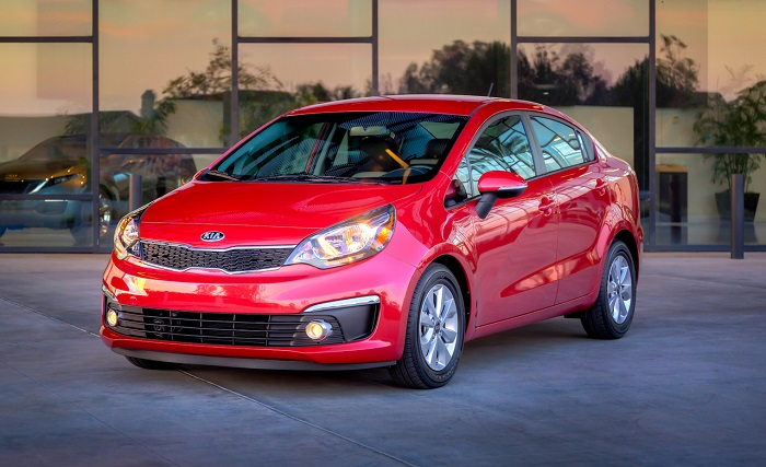 Click image for larger version  Name:2016-kia-rio-sedan-and-hatchback-debut-in-chicago-news-car-and-driver-photo-656413-s-original.jpg Views:73 Size:108.5 KB ID:23656