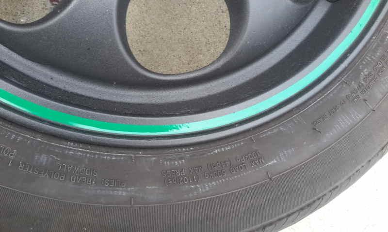 Click image for larger version  Name:MINI rim detail green stripe.jpg Views:72 Size:66.5 KB ID:23902