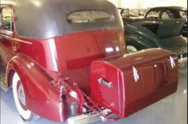 Click image for larger version  Name:1930 cadilac trunk.JPG Views:14 Size:39.2 KB ID:24160