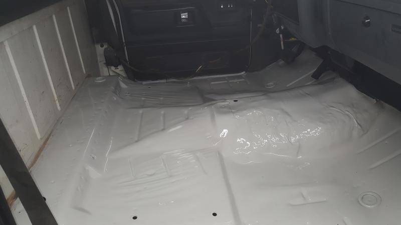 Click image for larger version  Name:3 cotesof Valspar Implement paint Ford grey color .jpg Views:27 Size:23.5 KB ID:25731